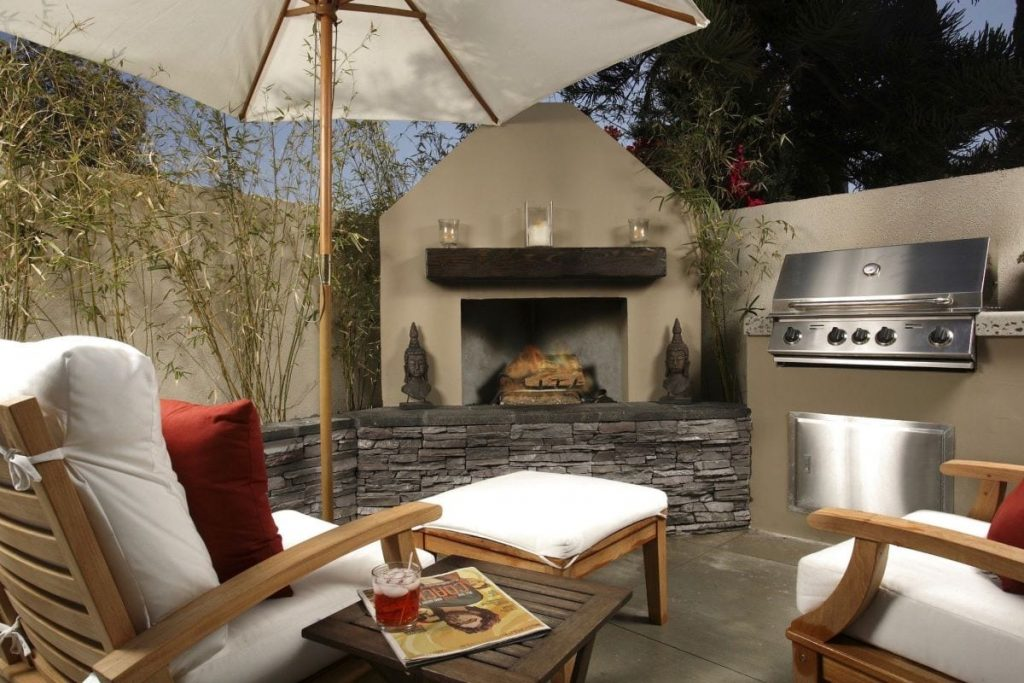Valley Village Backyard Fireplace and BBQ