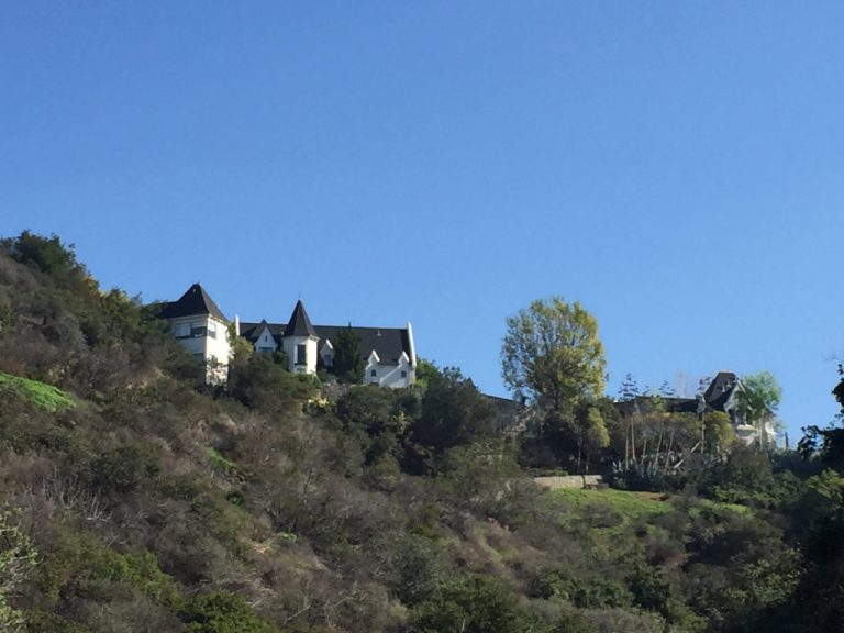 Lake Hollywood Houses on Hill