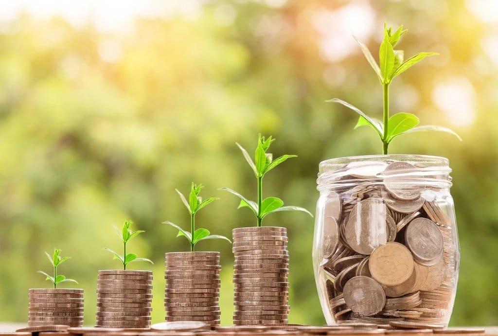 Growing money graphic image