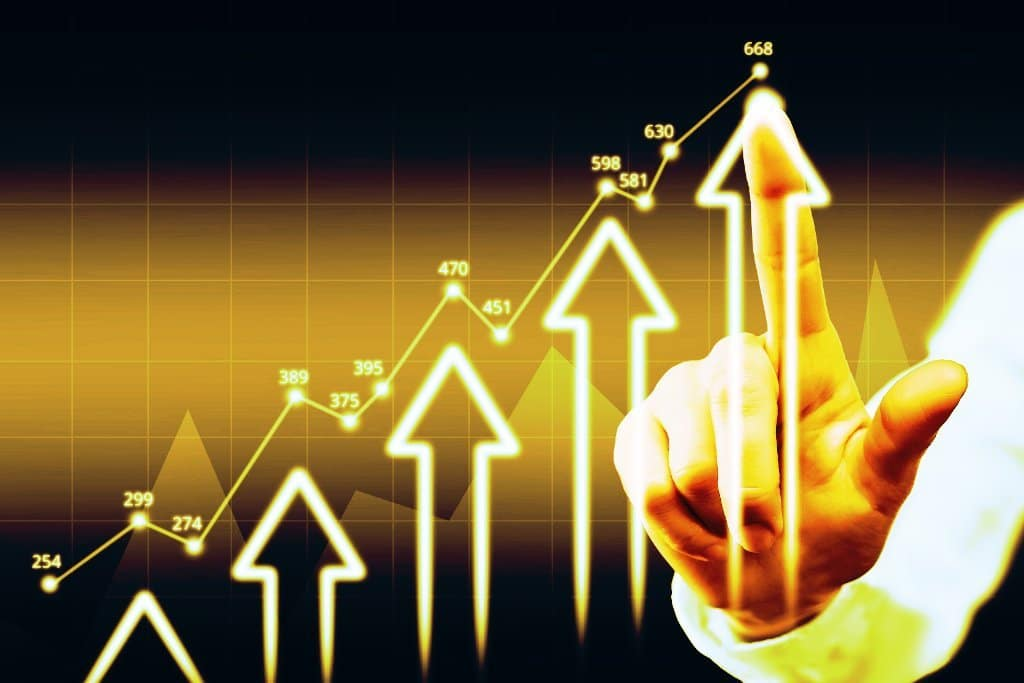 Economic Growth Graphic-yellow