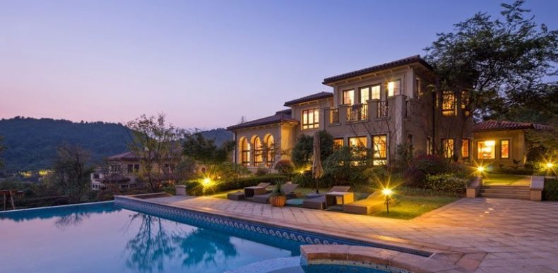 Los Angeles House with Pool